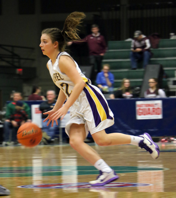 Photo courtesy of Andrew Turck of Big Horn County News.  Lady Loco Aspen Cotter dazzled and awed all in attendance at State. Cotter is only a sophomore and led her team in scoring and will provide Laurel with a great foundation for the future.
