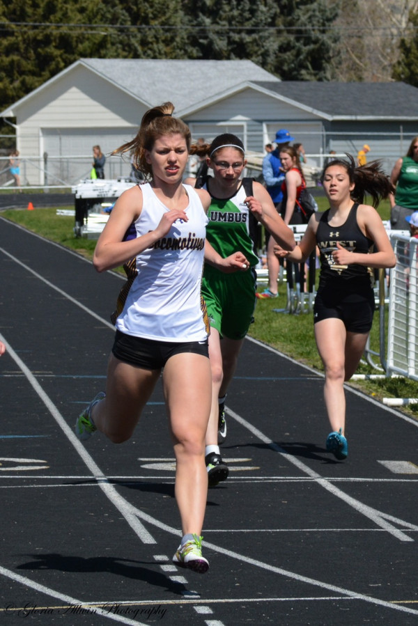 Taylor Ludwig had an outstanding meet, finishing in the top three in the 100, 200 and 400 meter runs.