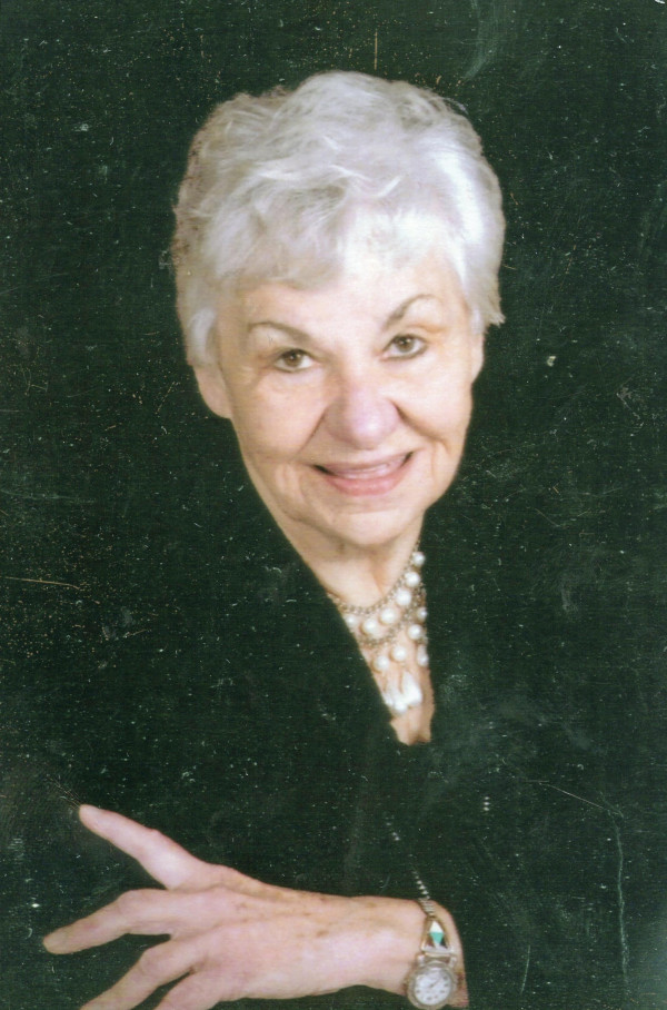 Evelyn Lucille Bauwens
