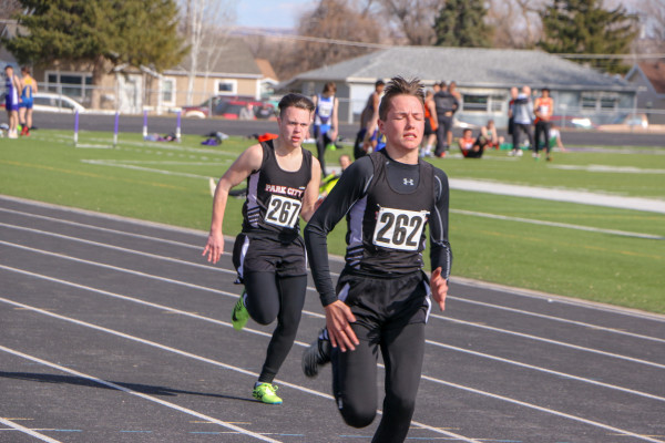 Outlook photo by Connor Waddingham                        Two Park City Panther athletes running in the 400 meter run in Laurel last month.
